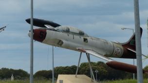 Älterer Kampfjet
