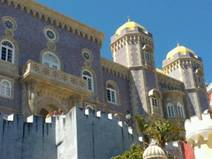 Azulejos an der Hauptfassade
