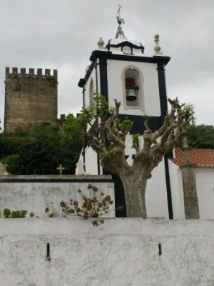 Kirche am Friedhof