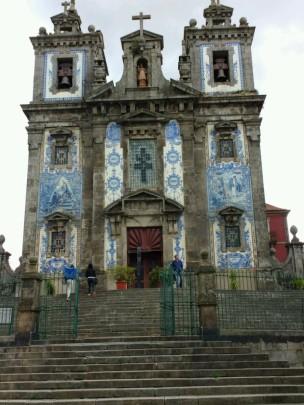Noch eine Azulejos-Kirche