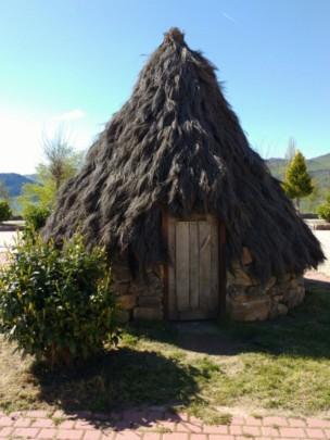 Altertümliche Hütte