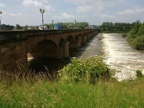 Brücke über den Allier