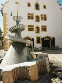 """Der Tändelmarkt mit """"Dr. Oetker-Brunnen"""""""