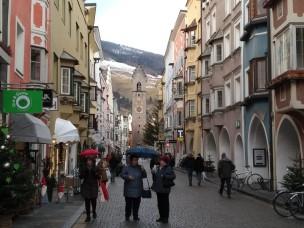 Blick von der Neustadt auf den Zwölferturm