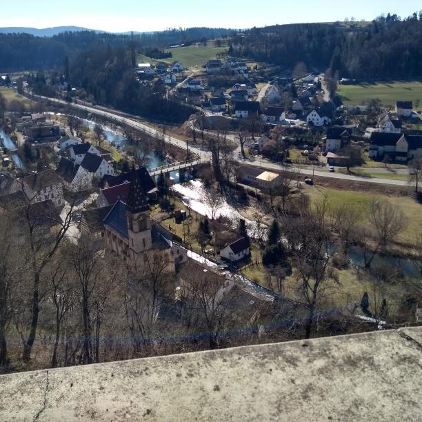 Blick von Burg Wehrstein auf Fischingen