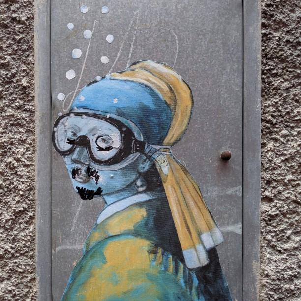 Streetart von 'Blub': Das Mädchen mit dem Perlenohrring (Jan Vermeer); leicht verunstaltet :-(